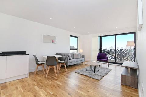 2 bedroom flat to rent - Leven Road, London, E14