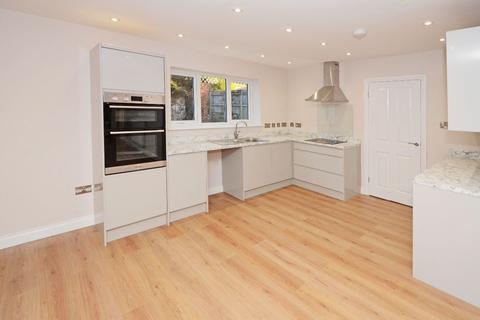 4 bedroom detached bungalow for sale - Lightwood Road, Lightwood, ST3 7HD