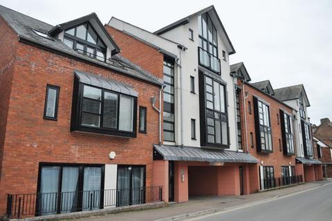 3 bedroom apartment to rent - Tudor Street, Exeter