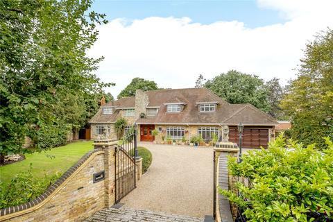 6 bedroom detached house to rent - St. Leonards Hill, Windsor, Berkshire, SL4