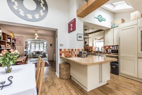 4 bedroom house to rent - Wilmington Way, Brighton, BN1 8JH