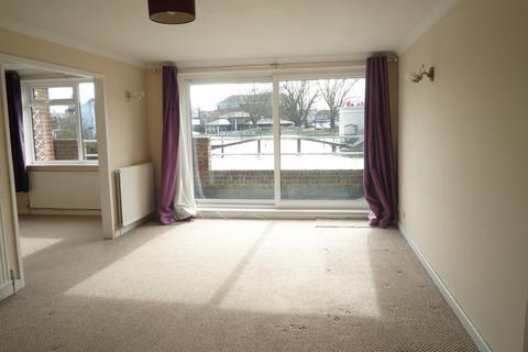 2 bedroom maisonette to rent - Riverside Court, Promenade Road