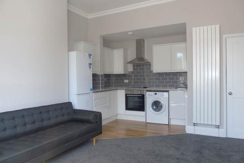 6 bedroom flat to rent - Preston Road, Brighton, East Sussex