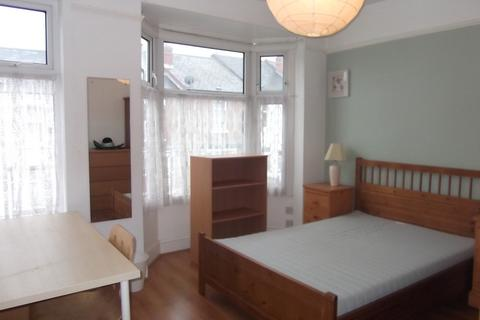 3 bedroom terraced house to rent - Melbourne Road, Coventry