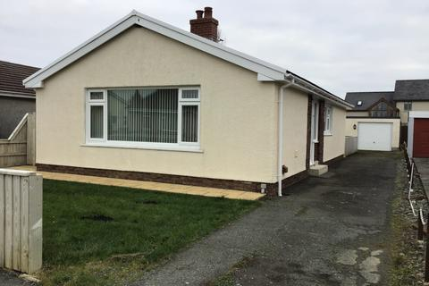 3 bedroom house to rent - 64 Greenhill Crescent. Haverfordwest. SA61 1LX