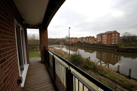 2 bedroom apartment to rent - Lulworth Place, Walton Locks, Warrington WA4