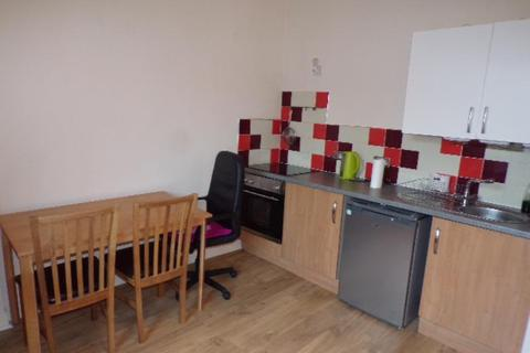 Studio to rent - Skene Square, Flat , AB25