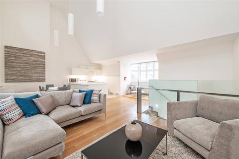 2 bedroom flat to rent - Swallow Street, Mayfair, W1B