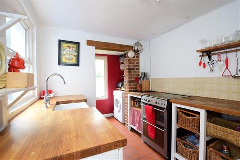 3 bedroom terraced house for sale - Arnold Street, Brighton, East Sussex