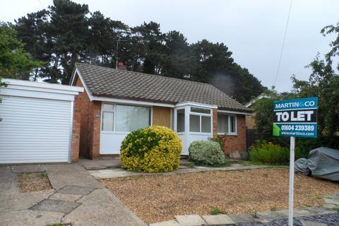 2 bedroom detached bungalow to rent - Lindale Close, Northampton