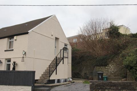 2 bedroom flat to rent - Swansea Road, Hirwaun, Aberdare