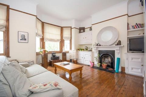 2 bedroom flat to rent - Corrance Road, Clapham