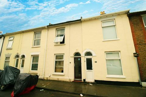 3 bedroom terraced house to rent - Stansted Road, Southsea