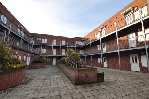 1 bedroom apartment for sale - Thompson Court, Broomfield Road, Chelmsford