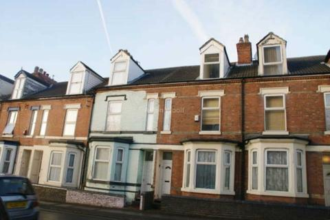 3 bedroom terraced house to rent - Hartley Road, Nottingham NG7 3AD