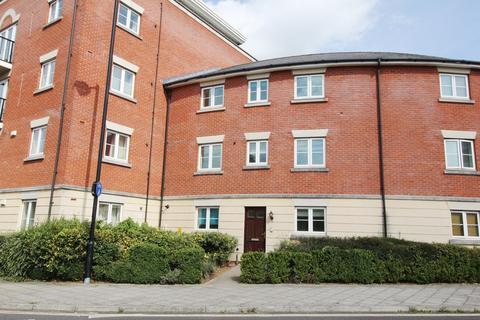 4 bedroom townhouse to rent - Brookbank Close, Cheltenham, GL50 3NL