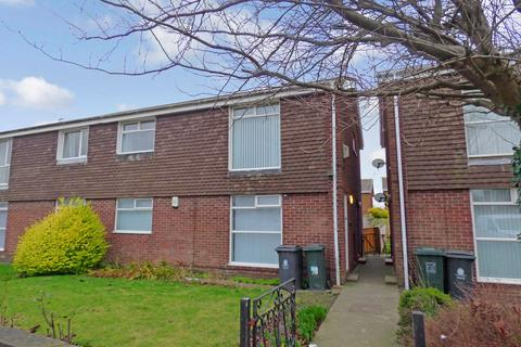 2 bedroom flat to rent - Peebles Close, North Shields, Tyne and Wear, NE29 8DN