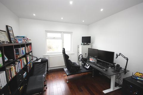 3 bedroom semi-detached house for sale - Tangle Tree Close, Finchley, N3