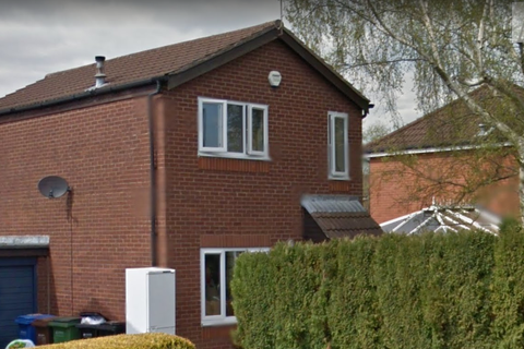 3 bedroom detached house to rent - 19 Rushton Drive