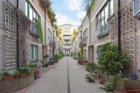2 bedroom house to rent - Kensington Gardens Square, London, W2