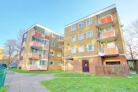 2 bedroom flat for sale - York Close, Southampton