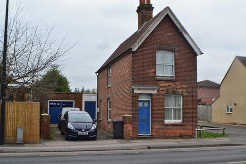 3 bedroom detached house to rent - 56 Chapel Street, Thatcham