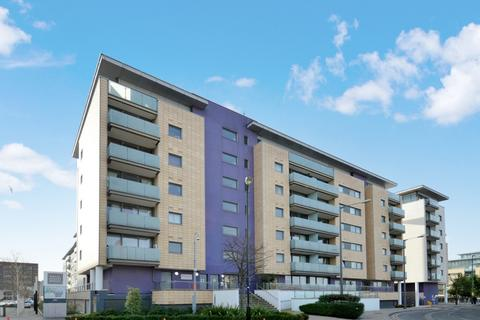 1 bedroom flat for sale - Navigation Court, Canning Town E16
