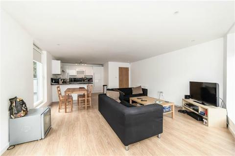 3 bedroom flat to rent - Union Grove, Clapham North