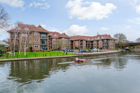 2 bedroom flat for sale - The Eights Marina, Mariners Way, Cambridge