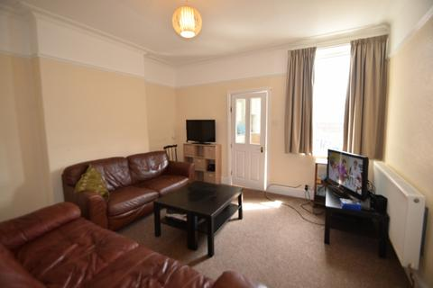 5 bedroom terraced house to rent - Cowlishaw Road, STUDENT HOUSE, ECCLESALL ROAD, Sheffield S11 8XE