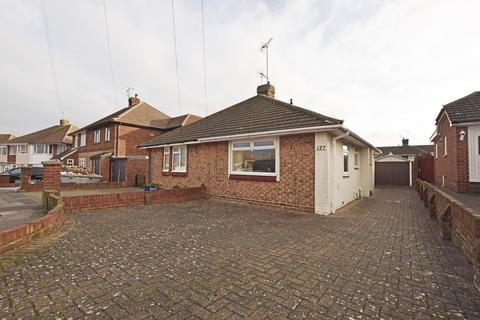1 bedroom bungalow for sale - Taverners Road, Gillingham, ME8