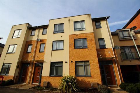 3 bedroom townhouse to rent - Langham Way, Ashland, Milton Keynes