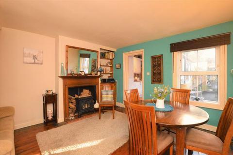 3 bedroom terraced house for sale - Rampart Road, Salisbury