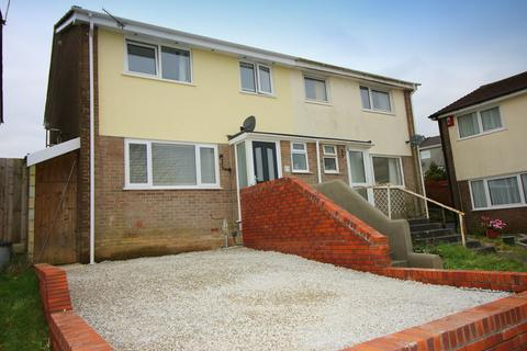 3 bedroom semi-detached house for sale - Frobisher Drive, Saltash