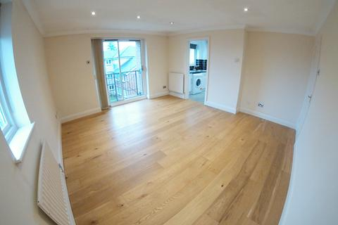 2 bedroom flat to rent - Hedingham Mews, Maidenhead