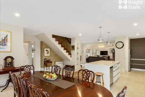 3 bedroom house  - 5 Logan Street, BATTERY POINT, TAS 7004