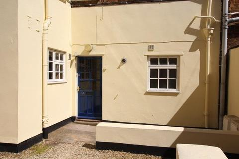 1 bedroom flat to rent - Berkeley Street