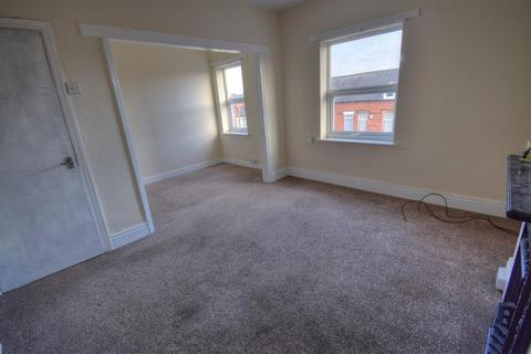 2 bedroom maisonette to rent - St. Johns Avenue, Bridlington, YO16 4NL
