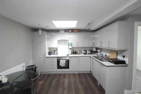 1 bedroom house to rent - Malvern Road, Hornchurch, RM11
