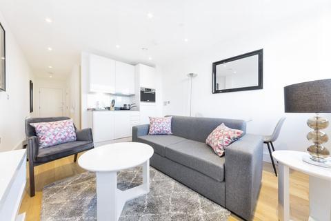 Studio to rent - Skyline Apartments, 292-298 High street, Slough, SL1