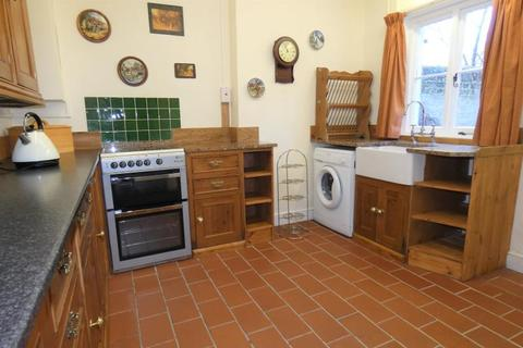 3 bedroom terraced house to rent - Downton