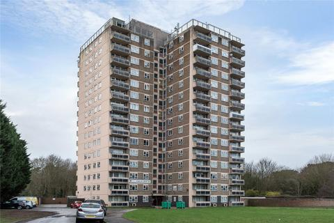 2 bedroom flat for sale - Jarvis House, Ashby Avenue, LN6