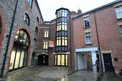 Property to rent - St Augustines Yard, Bristol