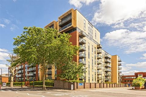 1 bedroom flat for sale - Westgate House, London Road, Isleworth, Middlesex