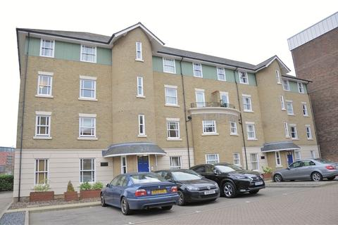 2 bedroom flat to rent - Becketts Court, Glebe Road, Chelmsford, Essex