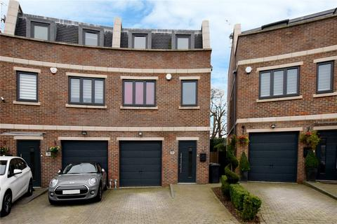 3 bedroom semi-detached house for sale - Aspen Place, Bushey Heath, Bushey, Hertfordshire, WD23