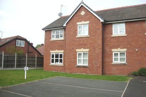 2 bedroom flat to rent - Welles Street, Sandbach, Cheshire