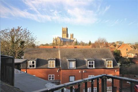 3 bedroom flat for sale - The Cloisters, Lincoln, Lincolnshire