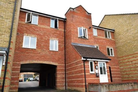 2 bedroom property to rent - Rookes Crescent, Chelmsford, Essex