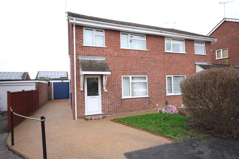 3 bedroom semi-detached house to rent - Chantry Close , Mickleover